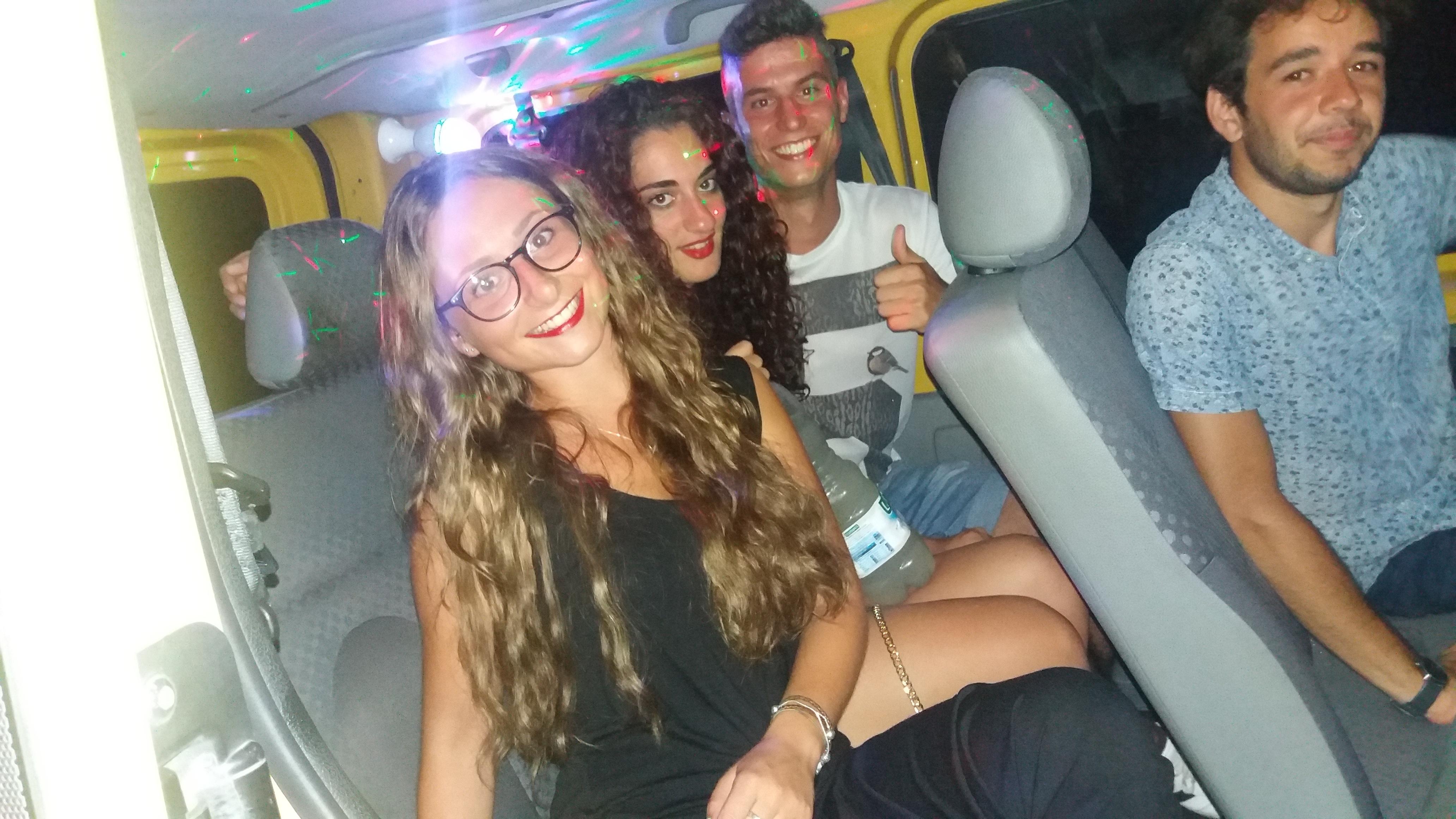 Notti brave a bordo del disco taxi navetta salento